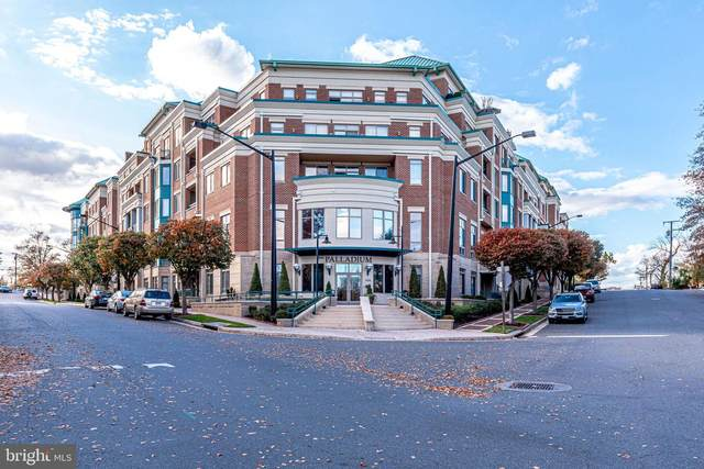 1450 Emerson Avenue #305, MCLEAN, VA 22101 (#VAFX1186142) :: City Smart Living
