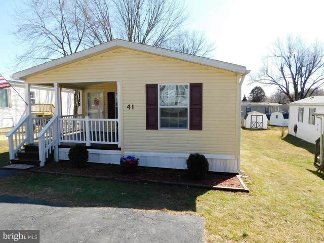 41 Penn Drive, WEST GROVE, PA 19390 (#PACT531146) :: Linda Dale Real Estate Experts