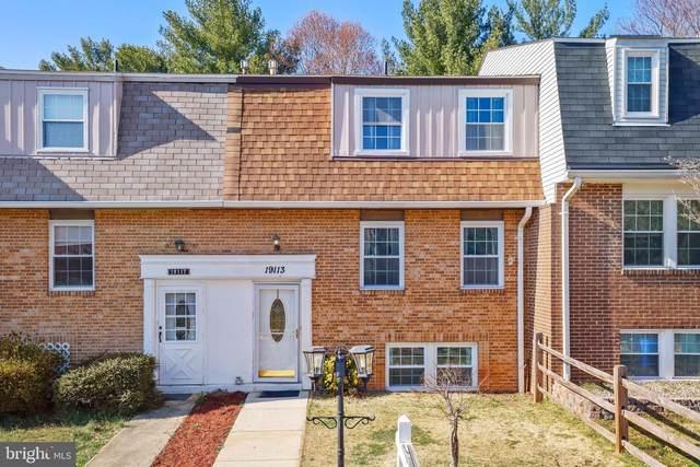 19113 Aldenham Court, GERMANTOWN, MD 20876 (#MDMC748246) :: Berkshire Hathaway HomeServices McNelis Group Properties