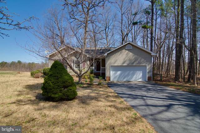 31 Bay Pointe Drive, MONTROSS, VA 22520 (#VAWE118004) :: Shawn Little Team of Garceau Realty