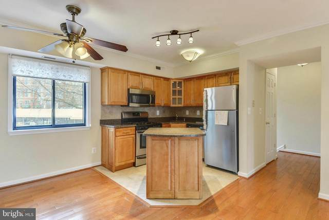 146 Monroe Street #101, ROCKVILLE, MD 20850 (#MDMC748642) :: Colgan Real Estate