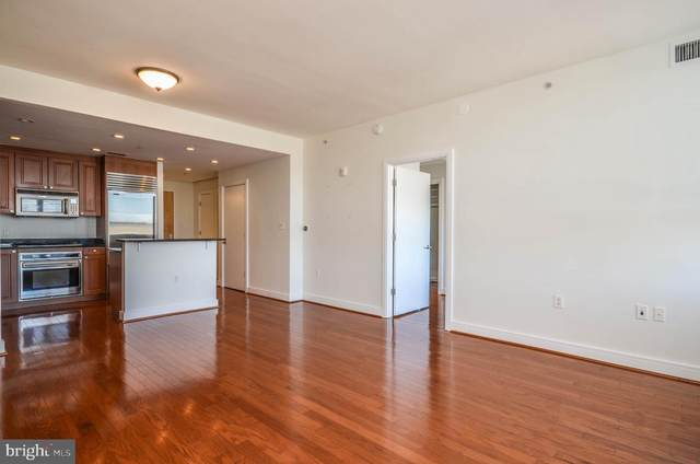 6820 Wisconsin Avenue #6003, BETHESDA, MD 20815 (#MDMC748798) :: AJ Team Realty