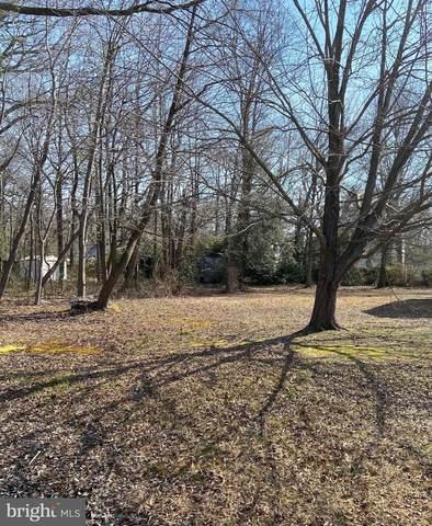 3831 Twin Oaks Drive, EDGEWATER, MD 21037 (#MDAA462152) :: The Mike Coleman Team