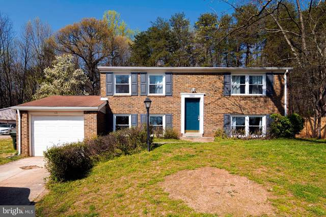 13701 Mayfair Court, WOODBRIDGE, VA 22193 (#VAPW517372) :: Shawn Little Team of Garceau Realty