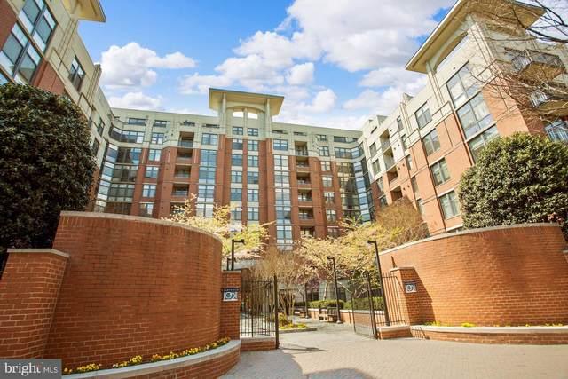 1021 N Garfield Street #1031, ARLINGTON, VA 22201 (#VAAR178210) :: Debbie Dogrul Associates - Long and Foster Real Estate