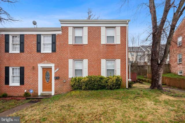 2940 Wetherburn Court, WOODBRIDGE, VA 22191 (#VAPW517446) :: Berkshire Hathaway HomeServices McNelis Group Properties