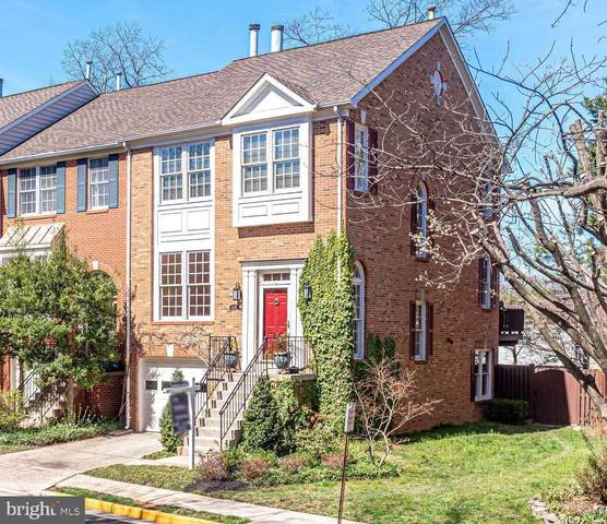 8032 Trevor Place, VIENNA, VA 22182 (#VAFX1187898) :: Debbie Dogrul Associates - Long and Foster Real Estate