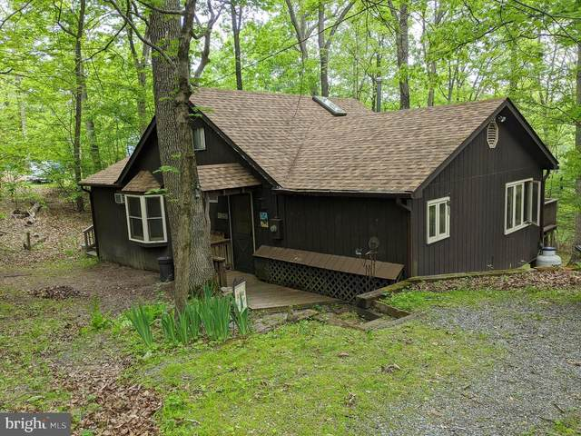 1045 Boy Scout Road, HEDGESVILLE, WV 25427 (#WVBE184502) :: Shawn Little Team of Garceau Realty