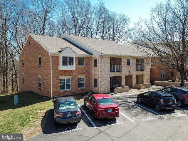 5821 Cove Landing Road #101, BURKE, VA 22015 (#VAFX1188406) :: AJ Team Realty