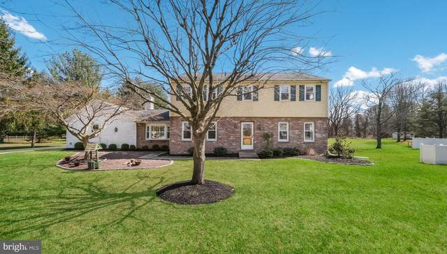 5823 Village Lane, DOYLESTOWN, PA 18902 (#PABU523184) :: Linda Dale Real Estate Experts