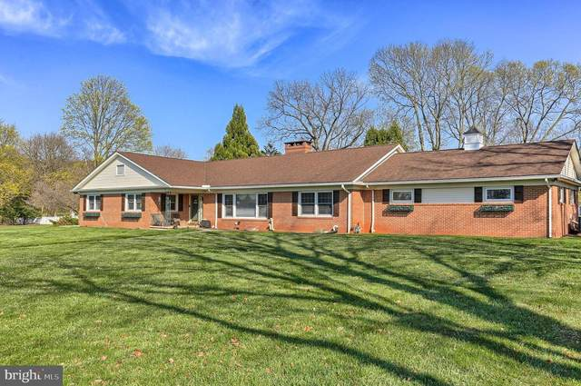 51 S 8TH Street, MOUNT WOLF, PA 17347 (#PAYK155252) :: The Jim Powers Team