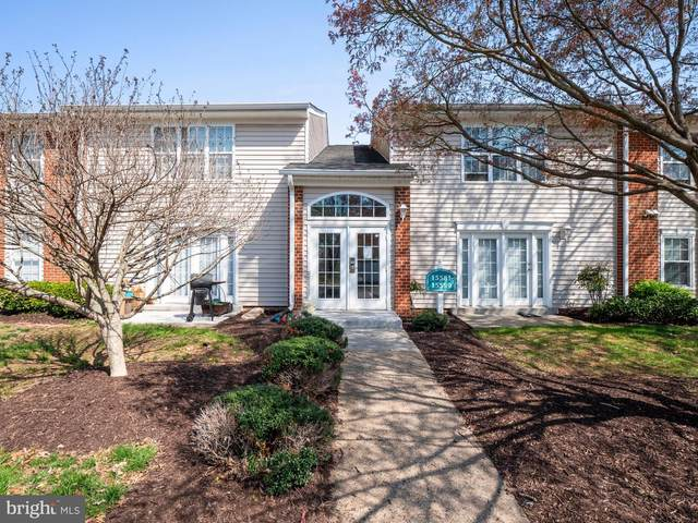 15597 Horseshoe Lane, WOODBRIDGE, VA 22191 (#VAPW518140) :: Debbie Dogrul Associates - Long and Foster Real Estate