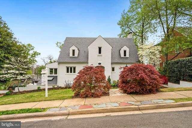 1037 26TH Road S, ARLINGTON, VA 22202 (#VAAR178682) :: Jennifer Mack Properties