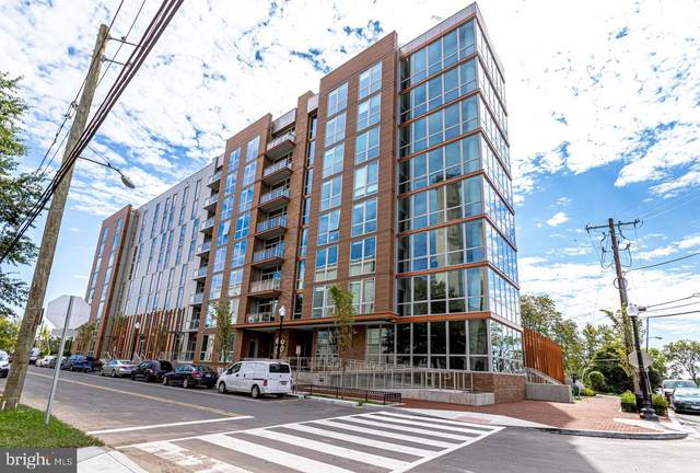 88 V Street SW #801, WASHINGTON, DC 20024 (#DCDC514482) :: Corner House Realty