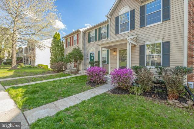 6824 Chasewood Circle, CENTREVILLE, VA 20121 (#VAFX1190256) :: The Team Sordelet Realty Group