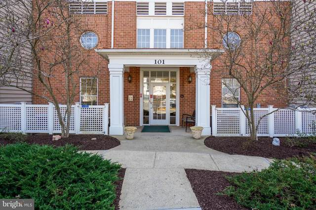 101 Watkins Pond Boulevard 4-102, ROCKVILLE, MD 20855 (#MDMC750978) :: AJ Team Realty