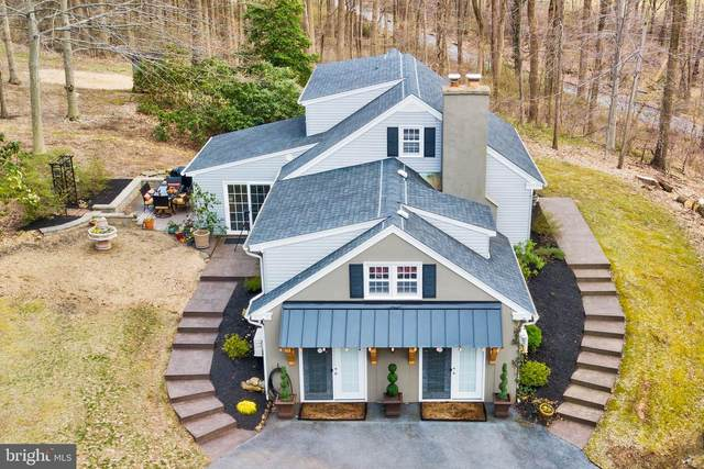 1239 Hilltop Road, CHESTER SPRINGS, PA 19425 (#PACT532660) :: The John Kriza Team