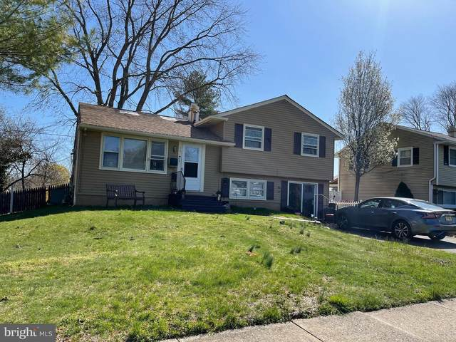501 Estelle Avenue, BLACKWOOD, NJ 08012 (#NJCD416494) :: RE/MAX Main Line