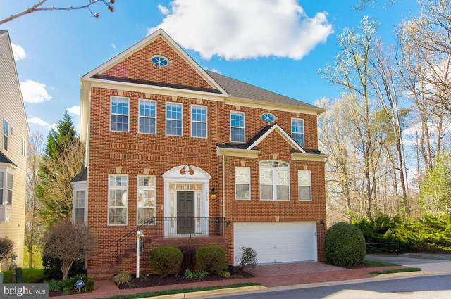6930 Inlet Cove Drive, FORT BELVOIR, VA 22060 (#VAFX1190702) :: Debbie Dogrul Associates - Long and Foster Real Estate