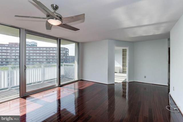 1301 S Arlington Ridge Road #504, ARLINGTON, VA 22202 (#VAAR179000) :: Debbie Dogrul Associates - Long and Foster Real Estate