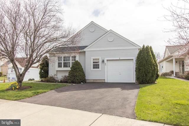 33 Sand Trap Drive, ROYERSFORD, PA 19468 (#PAMC688028) :: Linda Dale Real Estate Experts