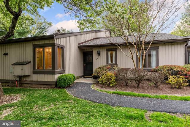 214 Chandler Drive, WEST CHESTER, PA 19380 (#PACT532894) :: RE/MAX Main Line