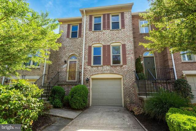 3020 Oakton Meadows Court, OAKTON, VA 22124 (#VAFX1191250) :: The Putnam Group