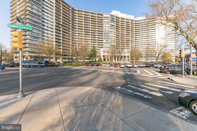 2401 Pennsylvania Avenue 17B22, PHILADELPHIA, PA 19130 (#PAPH1003250) :: Linda Dale Real Estate Experts