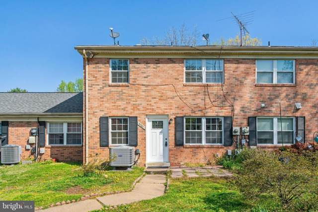 9741 Hagel Circle E, LORTON, VA 22079 (#VAFX1191514) :: Crews Real Estate