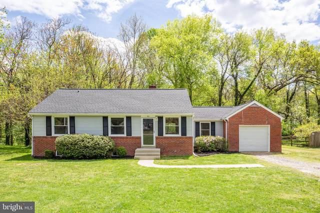 52 Wakefield Avenue, FREDERICKSBURG, VA 22405 (#VAST230884) :: Jennifer Mack Properties