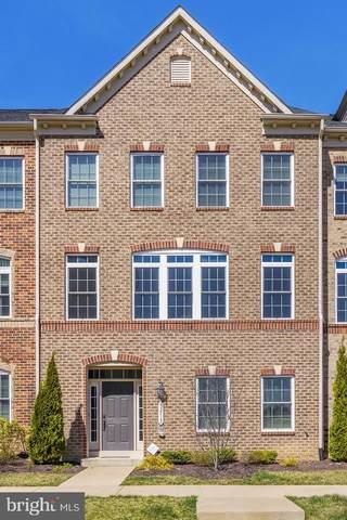 13713 Senea Drive, GAINESVILLE, VA 20155 (#VAPW519052) :: Corner House Realty