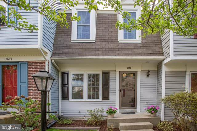 12652 Monarch Court, WOODBRIDGE, VA 22192 (#VAPW519084) :: Debbie Dogrul Associates - Long and Foster Real Estate