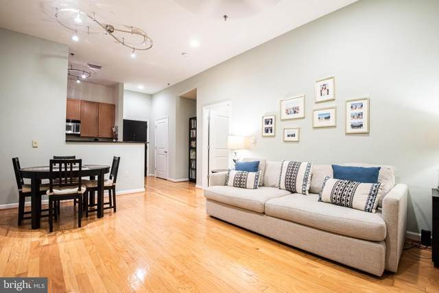 309 Holland Lane #213, ALEXANDRIA, VA 22314 (#VAAX258248) :: Gail Nyman Group
