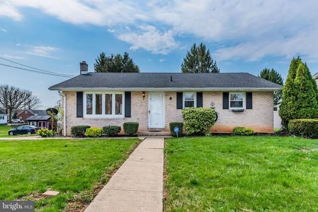 330 F Street, CARLISLE, PA 17013 (#PACB133662) :: The Joy Daniels Real Estate Group