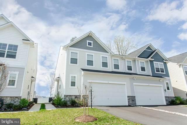 16 Wellspring Drive, FREDERICKSBURG, VA 22405 (#VAST230976) :: Corner House Realty