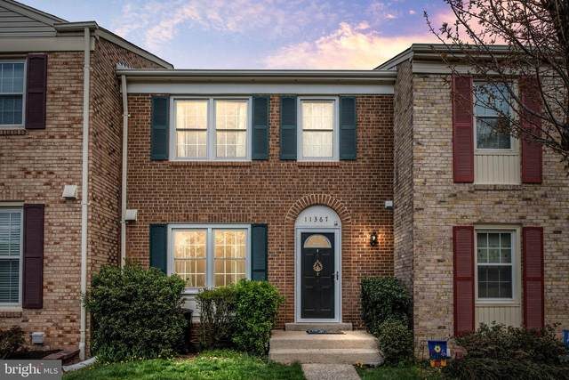 11367 Cromwell Court, WOODBRIDGE, VA 22192 (#VAPW519240) :: Colgan Real Estate
