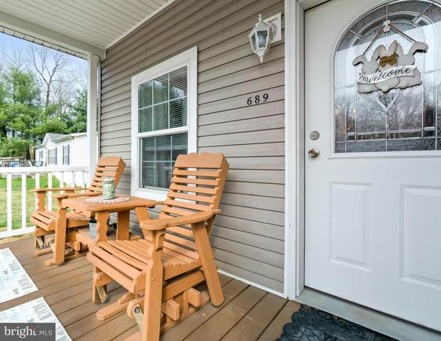 689 S Huckleberry Avenue, BEAR, DE 19701 (#DENC524160) :: Linda Dale Real Estate Experts