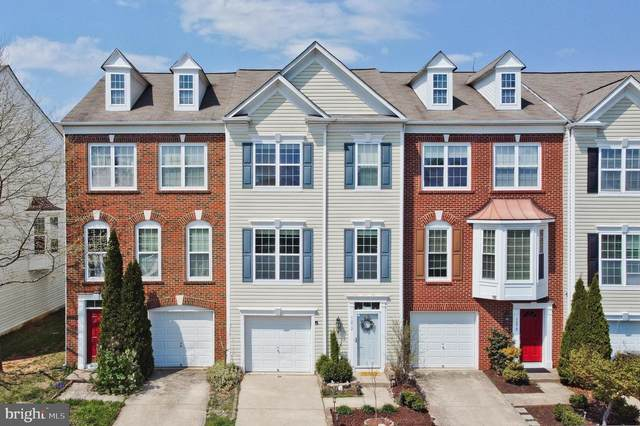 5272 Jule Star Drive, CENTREVILLE, VA 20120 (#VAFX1192334) :: Debbie Dogrul Associates - Long and Foster Real Estate