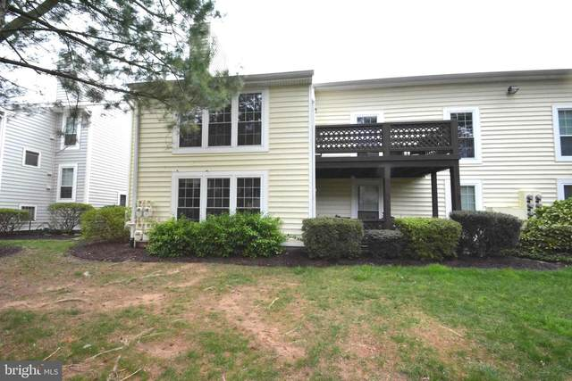 10062 Oakton Terrace Road, OAKTON, VA 22124 (#VAFX1192364) :: Nesbitt Realty