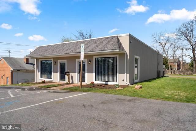 17700 Muncaster Road, ROCKVILLE, MD 20855 (#MDMC752422) :: Murray & Co. Real Estate