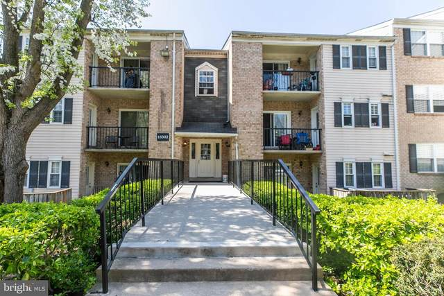 18302 Streamside Drive #103, GAITHERSBURG, MD 20879 (#MDMC752474) :: Shawn Little Team of Garceau Realty
