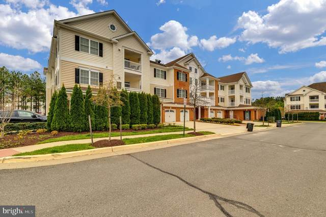 15211 Royal Crest Drive #307, HAYMARKET, VA 20169 (#VAPW519366) :: The Miller Team
