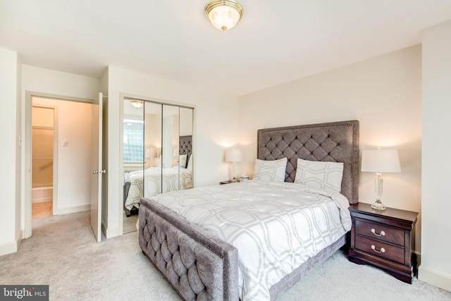 1121 Arlington Boulevard #929, ARLINGTON, VA 22209 (#VAAR179410) :: Debbie Dogrul Associates - Long and Foster Real Estate