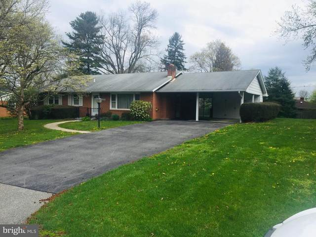 17824 Pin Oak Road, HAGERSTOWN, MD 21740 (#MDWA178940) :: The Riffle Group of Keller Williams Select Realtors