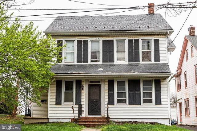 330 N George Street, MILLERSVILLE, PA 17551 (#PALA180222) :: The Heather Neidlinger Team With Berkshire Hathaway HomeServices Homesale Realty
