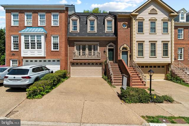 10470 Breckinridge Lane, FAIRFAX, VA 22030 (#VAFC121284) :: Dart Homes