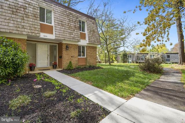 10410 Capehart Court, GAITHERSBURG, MD 20886 (#MDMC752796) :: Network Realty Group