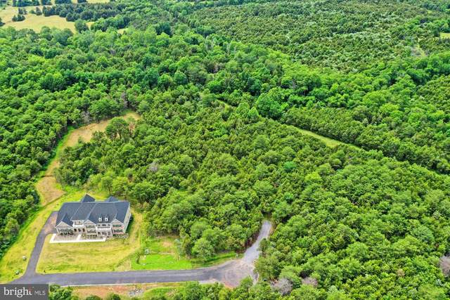 6500 Tack House Trail, CENTREVILLE, VA 20120 (#VAFX1193002) :: Tom & Cindy and Associates