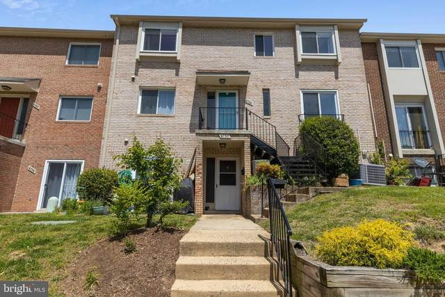 6734 Perry Penney Drive #138, ANNANDALE, VA 22003 (#VAFX1193142) :: Boyle & Kahoe Real Estate