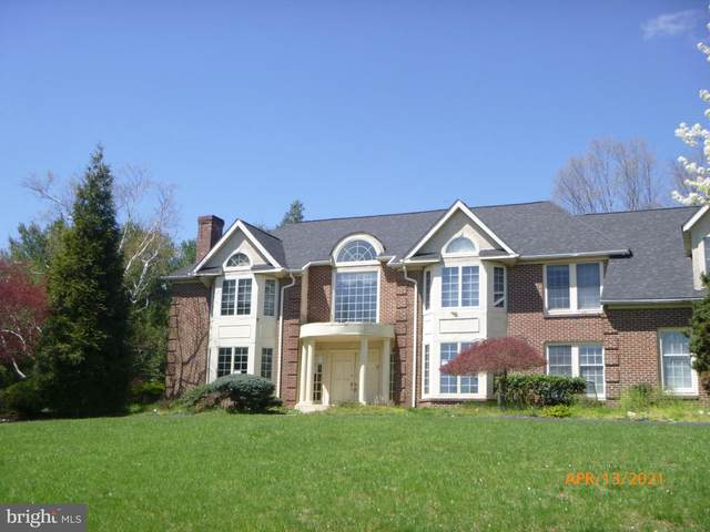 412 Mallard Circle, BLUE BELL, PA 19422 (#PAMC689286) :: ExecuHome Realty